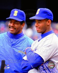 2186ed969e Seattle Mariners - Ken Griffey Jr., Ken Griffey Sr. Photo Ken Griffey Sr