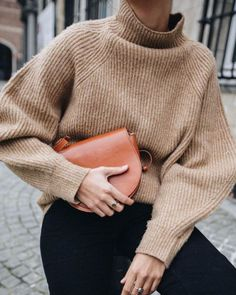 Outfits and flat lays we fell in love with. See more ideas about Casual outfits, Cute outfits and Fashion outfits. Fashion Trends, Latest Fashion Ideas and Style Tips. Mode Outfits, Fall Outfits, Casual Outfits, Fashion Outfits, Womens Fashion, Fashion Trends, Fashion Ideas, Latest Fashion, Trendy Fashion
