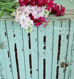 Aqua Inspiration In Spring Decor...