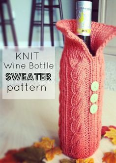 There& something about a knit sweater that makes everything look cuter - even a wine bottle! The Knit Wine Bottle Sweater Pattern is a great way to dress up a host or hostess gift as well as offer a little bit of protection on the car-ride over. Knitting Patterns Free, Free Knitting, Free Pattern, Crochet Patterns, Yarn Projects, Knitting Projects, Crochet Projects, Christmas Wine Bottles, Wine Bottle Covers