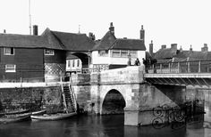Old Historical, Nostalgic Pictures of Sandwich in Kent « yourlocalweb