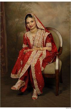 http://www.paklinks.com/gsmedia/files/126321/bridal.jpg