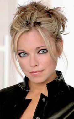 Sarah Alexander -luv her! Funny actress& so beautiful 2!