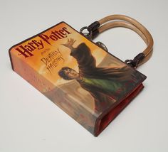 My first book purse made from a dust jacket . . . I didn't have too cut up any Harry pages, so I'm happy!  : )