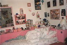Girl's bedroom, pink