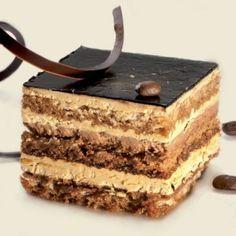 Tarta de moka con bizcocho de almendra Sweet Desserts, Just Desserts, Sweet Recipes, Delicious Desserts, Sweets Cake, Cupcake Cakes, Espresso Cake, Savarin, Pastry Cake