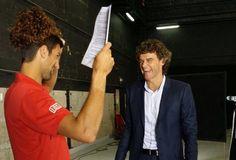 Djokovic e Gustavo Kuerten gravam comercial (Foto: Reprodução / Twitter)