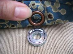 learn how to use these fun little eyelets on your bags. I need to try this.