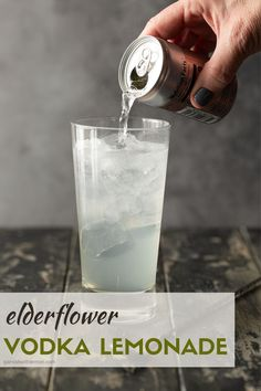 Update a classic cocktail and serve these easy Elderflower Vodka Lemonades at your next BBQ or happy hour. You can't go wrong with a cocktail that shines with only 4 ingredients Best Vodka Drinks, Vodka Cocktails, Alcoholic Beverages, Vodka Lemonade, Lemonade Cocktail, Elderflower Drink, Vodka Martini, Classic Cocktails, 4 Ingredients