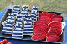 afl football biscuits (not cookies, biscuits... lol) Geelong cats themed bikkies and just a regular red footy.