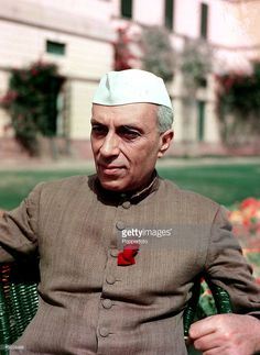1950 A portrait of Jawaharlal Nehru the Prime Minister of India a nationalistic politician who was Prime Minister from 1947 He was the father of Indira Gandhi and finished his education at Cambridge University Historical Quotes, Historical Pictures, Rare Pictures, Mahatma Gandhi Photos, Freedom Fighters Of India, Rajiv Gandhi, Indira Gandhi, History Of India, Beauty Full Girl
