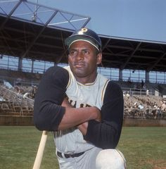Roberto Clemente - Pirates in Pittsburgh, PA.....The Great One!