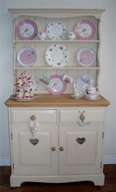 Shabby Chic Hand Painted Pine Country Farmhouse Kitchen dresser - this Country Kitchen Farmhouse, Shabby Chic Kitchen, Vintage Shabby Chic, Shabby Chic Style, Kitchen Decor, Pine Dresser, Welsh Dresser, Muebles Shabby Chic, Kitchen Dresser
