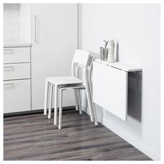Mesa de armar - NORBERG Wall-mounted drop-leaf table IKEA Becomes a practical shelf for small things when folded down. Small Apartments, Small Spaces, Table Top Covers, Wall Mounted Table, Ikea Wall Table, Ikea Drop Leaf Table, Wall Tables, Drop Down Table, Wall Mounted Desk Folding