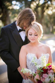 Photography: Dana Cubbage Weddings - danacubbageweddings.com   Read More: http://www.stylemepretty.com/2015/02/27/winter-victorian-romance-wedding-inspiration/
