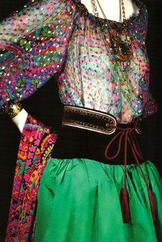"""YVES SAINT LAURENT Collection Haute-Couture automme-hiver 1976, dite """"Opéras et Ballets russes"""""""