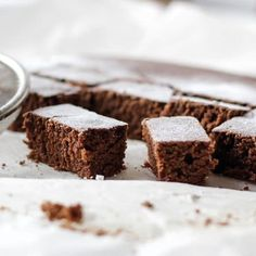 Check out this secrete brownie recipe. brownie with fresh banana, walnuts and dried cherries, perfect mix and balanced taste. Brownie Desserts, Brownie Recipes, Dessert Recipes, Dessert Cookbooks, Low Calorie Desserts, Diabetic Snacks, Chocolate Brownies, Holiday Recipes, Baking