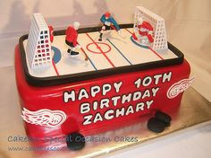 Hockey cake --Have to make 1 Avalanche for Brandon and 1 Devils for my little Brodeur! Birthday Themes For Boys, Boy First Birthday, Boy Birthday Parties, Birthday Ideas, Hockey Birthday Cake, Hockey Party, Birthday Cakes, Hockey Cakes, Sport Cakes