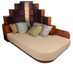 Art Deco furniture makes your house look like a Metropolis set - Daybed from Geo. Art Deco furniture makes your house look like a Metropolis set - Daybed from George Gershwin& NY apartment Art Deco Furniture, Furniture Making, Cool Furniture, Furniture Design, Antique Furniture, Furniture Ideas, Luxury Furniture, Futuristic Furniture, Rustic Furniture