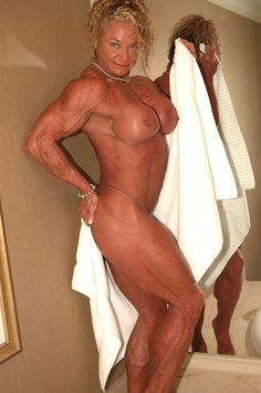 Granny Muscle Nude 37