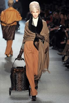Jean Paul Gaultier Fall 2011 RTW - Review - Fashion Week - Runway, Fashion Shows and Collections - Vogue