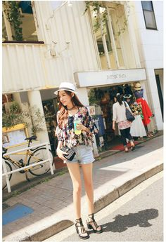 Women Floral Chiffon Tiered Blouse