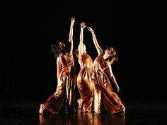 O Memorial da América Latina recebe de 23 a 25 de agosto, o 32º Encontro Nacional da Dança (ENDA). Na sexta a apresentação começa às 20h, no sábado, às 19h, e no domingo, às 18h.