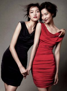 [Du Juan and Fei Fei Sun for H Holiday 2010 Ad Campaign]