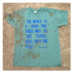 T-shirt with classic travel quotes: Amazon.co.uk: Clothing