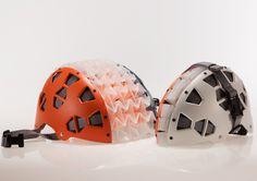 Casco plegable para bicicleta con técnica de origami