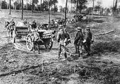 Deutsche Artillerie geht in Stellung