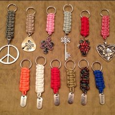 Best 11 Paracord people keychain – stocking stuffer – paracord accessories – paracord keychain – team color keychain – custom keychain NEW item! Little paracord people! Paracord Knots, Paracord Keychain, Paracord Bracelets, Paracord Bracelet Designs, 550 Paracord, Macrame Knots, Micro Macrame, Macrame Jewelry, Rope Knots