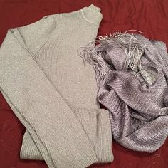 Silver sparkly turtle neck sweater Unused a handful of times, in excellent condition. Perfect for the holidays, scarf not included. Sweaters Cowl & Turtlenecks