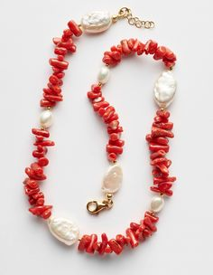 Sarah Pearls & Coral Necklace – Silhouette Red coral and freshwater pearls necklace. Coral Jewelry, Beaded Jewelry, Jewelry Accessories, Women Jewelry, Beaded Necklace, Jewellery, Bijoux Diy, Freshwater Pearl Necklaces, Handcrafted Jewelry