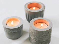 Candle holder is a gadget utilized to hold a candle light in position. Now, you can make your own DIY candle holders. You can use an unused tools Glitter Candle Holders, Votive Candle Holders, Pot Mason Diy, Diy Cadeau Noel, Diy Furniture Decor, Concrete Crafts, Concrete Projects, Diy Projects, Project Ideas