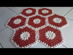 Crochet Fox, Crochet Lace, Crochet Stitches, Crochet Patterns, Baby Room Rugs, Crochet Table Mat, Diy And Crafts, Arts And Crafts, Crochet Circles
