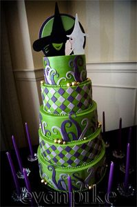 Cake created by Swank Cakes for a Wicked-themed Bat Mitzvah! Photo by Evan Pike. Pretty Cakes, Cute Cakes, Beautiful Cakes, Amazing Cakes, Take The Cake, Love Cake, Comedia Musical, Gateaux Cake, Fancy Cakes
