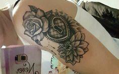 Rose cadena aster