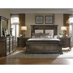 Arabella Matching Bedroom Set From Accentrics Home Pulaski regarding measurements 4150 X 3207 Matching Bedroom Furniture Sets - Modern stylish furniture King Size Bedroom Sets, Wood Bedroom Sets, Home Bedroom, Bedroom Decor, Bedroom Ideas, Bedrooms, King Bedroom, Master Bedroom, Bedroom Inspiration