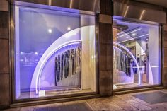Framed in windows tinted with mirrored cutout vinyl, our huge majestic curved metal rails highlighted in cool blue neon have rolled in to Calvin Klein flagships in Milan and London, and other stores worldwide this month!