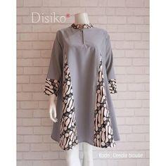 Kurta Designs Women, Blouse Designs, Dress Batik Kombinasi, Mode Batik, African Fashion Dresses, Fashion Outfits, African Print Dress Designs, Kebaya Dress, Batik Fashion