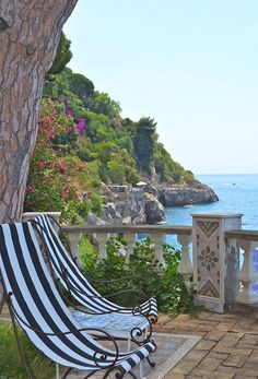Villa in Positano, Amalfi Coast, Italy. Promotion Hotel, Dream Vacations, Vacation Spots, Places To Travel, Places To See, Places Around The World, Around The Worlds, Beautiful World, Beautiful Places