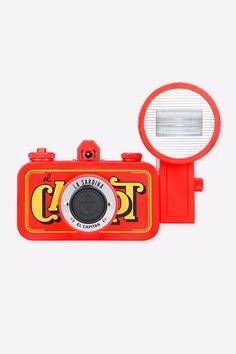 Lomography La Sardina Flash Camera