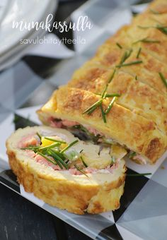 Puutarhajuhlat - Munakasrulla | Esmeralda's I Love Food, A Food, Good Food, Food And Drink, Yummy Food, My Favorite Food, Favorite Recipes, Low Carb Recipes, Cooking Recipes