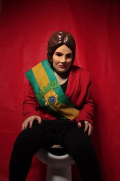 """Dilma Arrozseff is Hungry"" Por Sabrina Lautenschleguer"