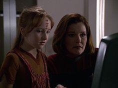 "Star Trek Voyager - Episode ""Dark Frontier II"" (Naomi Wildman and Captain Kathryn Janeway)."