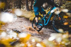 Canyon Updates the Neuron Trail Bike, Makes it Available in the US - Singletracks Mountain Bike News Mountain Bike Action, Mountain Bike Trails, Mtb, Mountain Bike Accessories, Bike News, Cool Gear, Neurons, Sport Bikes, Mustang