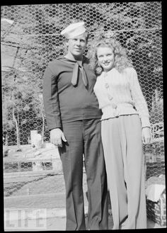 Norma Jean (20 yrs old) Marilyn Monroe and her first husband in 1943 // 1942 Marilyn Monroe First Marriage,,rare photo James Dougherty JAMES DOUGHERTY marries NORMA JEAN