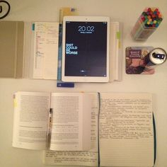 """royalparty: """" 4th week of uni and shit is starting to get real #studying #ittookwaytoolongtotakethispicture """""""
