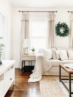 Best Paint Colors, Room Paint Colors, Paint Colors For Living Room, Modern Paint Colors, Modern Farmhouse Interiors, Farmhouse Style, Farmhouse Decor, Country Decor, Modern Farmhouse Living Room Decor